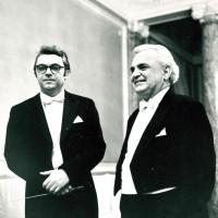 Празднование юбилея П.А. Серебрякова в Ленинградской филармонии 1 марта 1969, с Ю.П. Серебряковым. Фотограф — Н. А. Науменков.