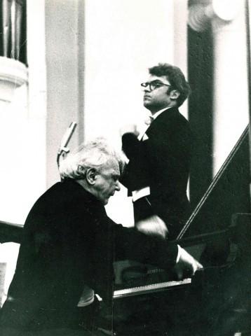 Празднование юбилея П.А. Серебрякова в Ленинградской филармонии 1 марта 1969. Во время концерта. Фотограф — Н. А. Науменков.